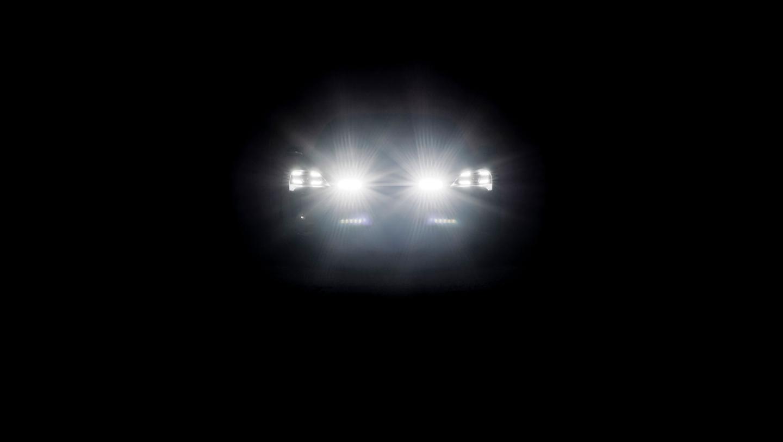 Porsche presentó en Ginebra un auto concepto eléctrico, el  Mission E Cross Turismo
