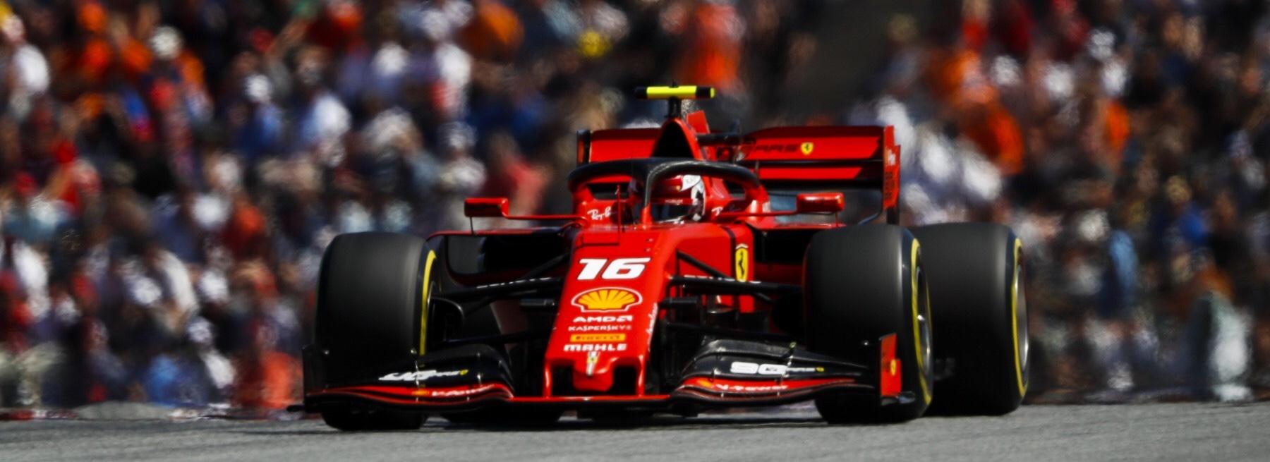 Leclerc en la pole con neumáticos suaves y sus rivales con medios