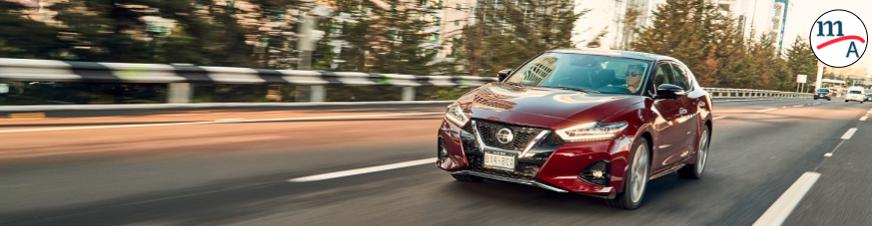 Tips de manejo para carretera de parte de Nissan