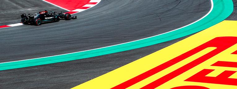 Hamilton el más rápido con neumáticos suaves