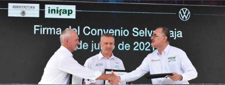Suscriben convenio el INIFAP y Volkswagen de México