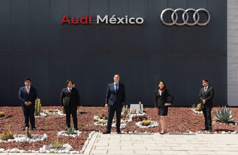 Se graduaron 71 estudiantes del Programa Dual de Aprendices de Audi México